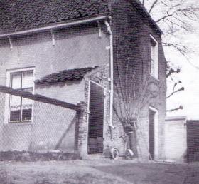 Boerderij van Jacob Buitelaar (1912-1988) en  Sara C. Buitelaar-Keijzer (1916-1999)  aan de Noordlierweg in De Lier