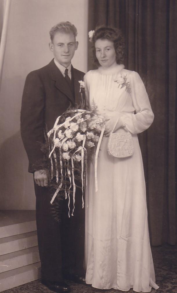 Huwelijk Arie Herbert en Jenneke Beusichem (1944)