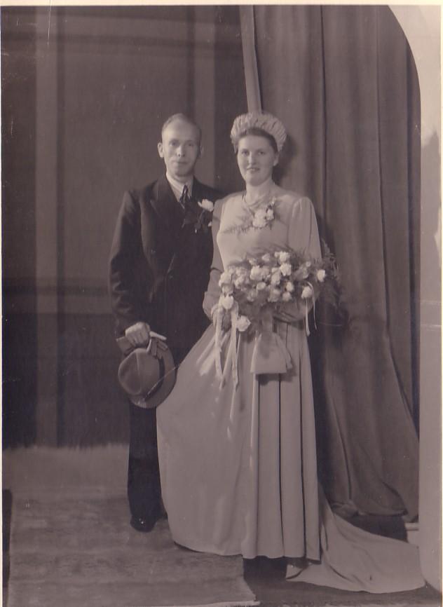Huwelijk Dirk Hoogenraad en Jannetje L. IJzerman (1949)