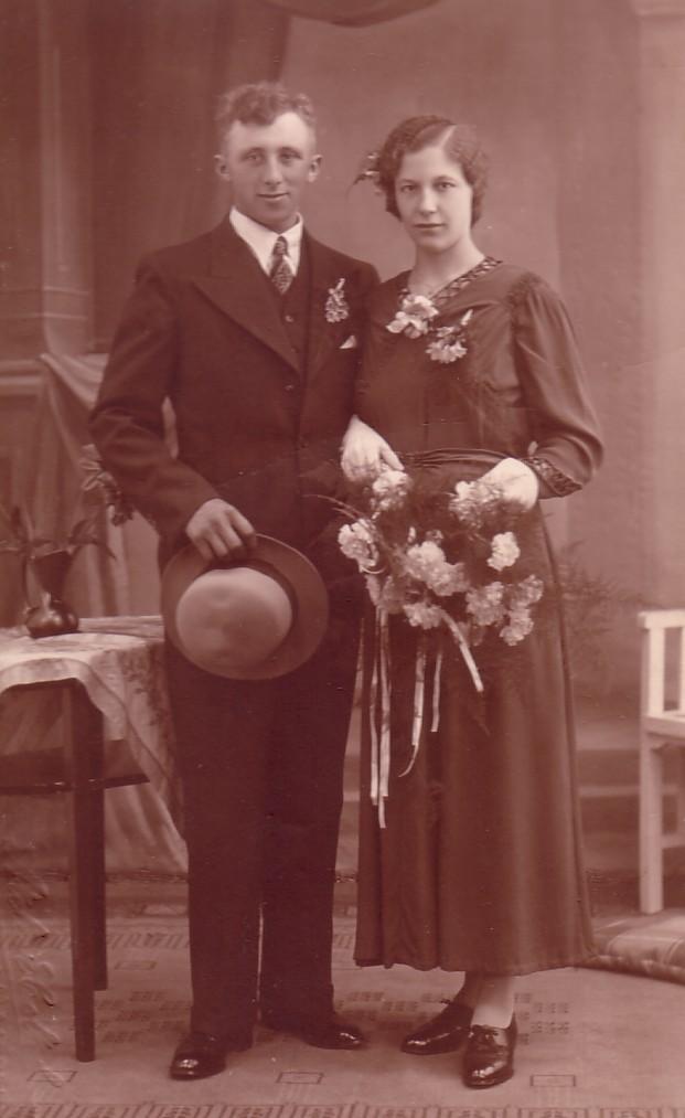 Huwelijk Pieternella Herbert en Jan van Oosten ( 1936)