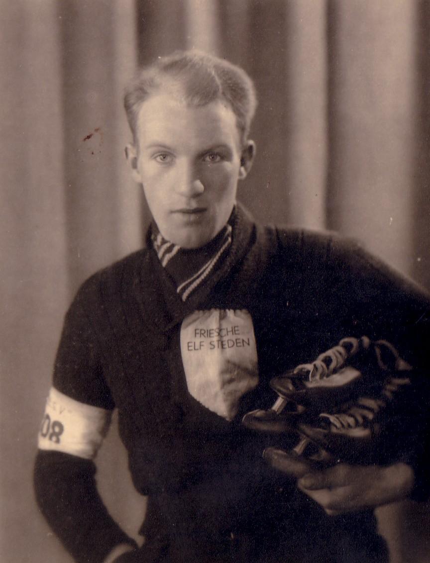 Pieter M. Keijzer (1918-2008   Winnaar Elfstedentocht 1940