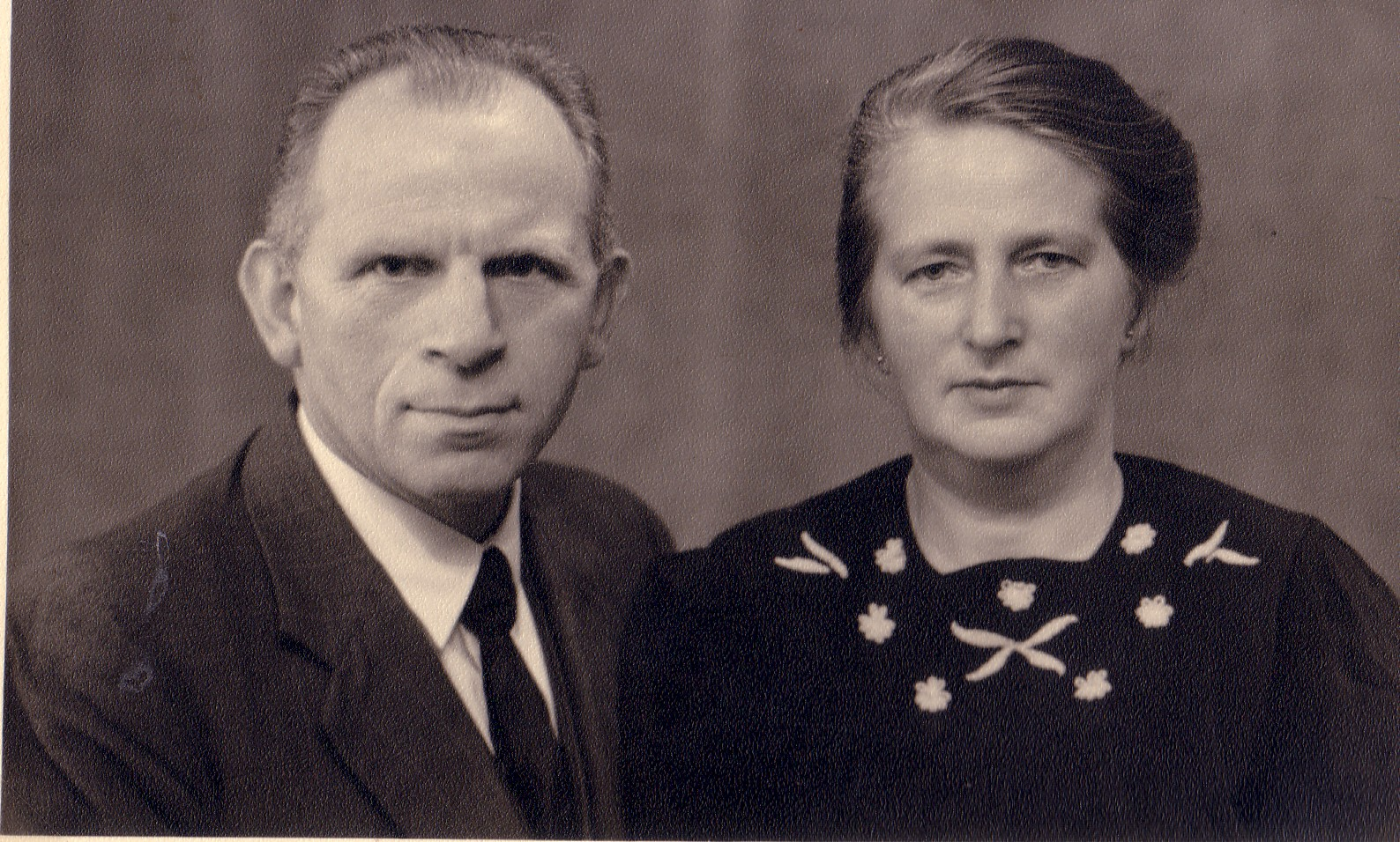 Marinus C.Keijzer (1896-1966) en Jozina J. Romein (1895-1984)