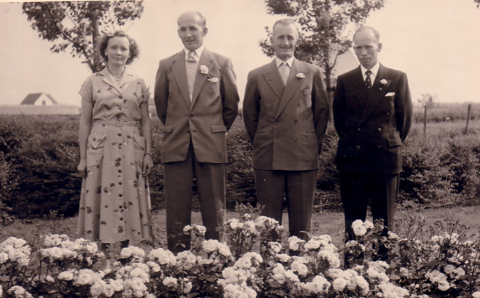 Dirk, Gerrit, Maarten en Leentje Hoogenraad, Kinderen van Arie Hoogenraad en Adriana Mostert