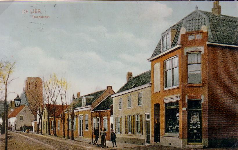 In de Dorpstraat (thans Hoofdstraat) in De Lier woonde Christiaan Romein (1857-1929) met zijn gezin