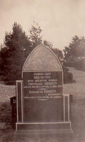 Grafsteen Christiaan Romein en Elisabeth Zuiderent