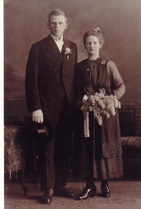 Huwelijk Marinus C. Keijzer en Jozina J. Romein (1921)