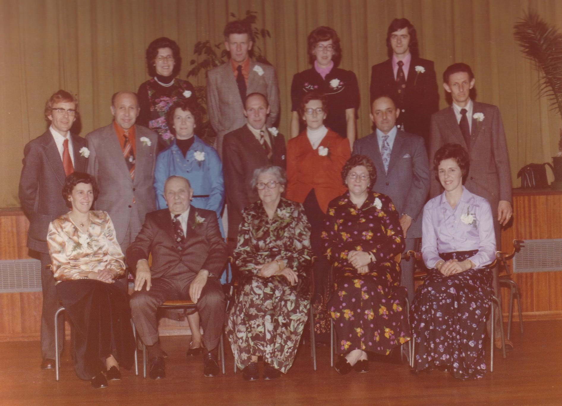 Gerrit van Eijmeren(1895-1982) en Adriana Dijkshoorn (1901-1978) met kinderen in 1975