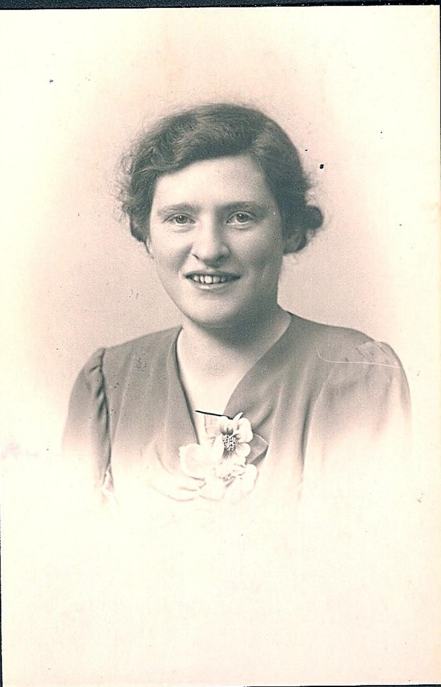 Johanna van Oosten (1922-1999)